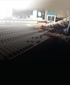 Sound-Design-Scoring-For-Film-delyork